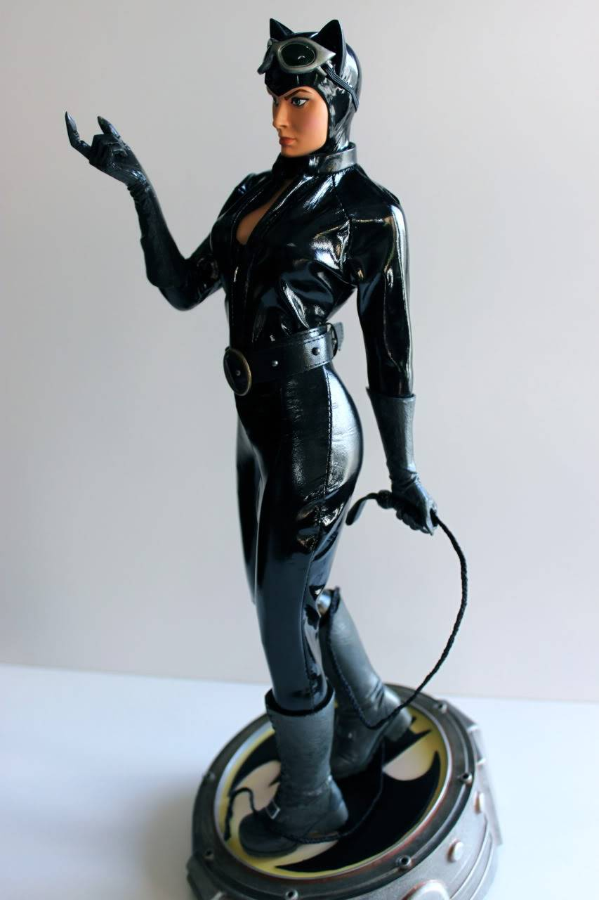 CATWOMAN 1:4 SCALE MUSEUM QUALITY Statue  - Page 2 F66579dd