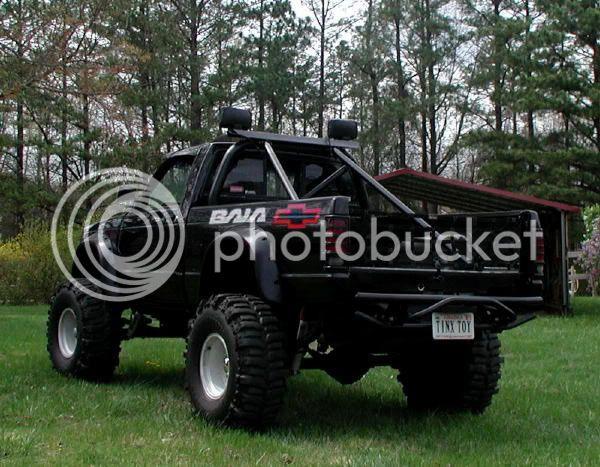 Bought a truck Bajalogosrear