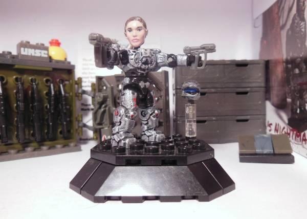 Halo 4 - Commander Sarah Palmer DSCN0626_zps2e040fe9