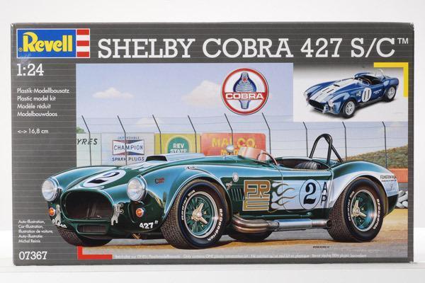 Carrol Shelby. Revell 1965 Shelby Cobra 427 S/C 1