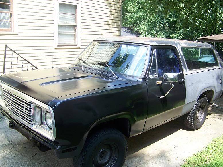1978 Dodge Ramcharger build - Swamp Donkey DSfrontangle
