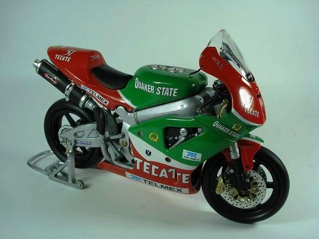 Si Adrián Fernández hubiera participado en MotoGP... Fotosimportadas00071