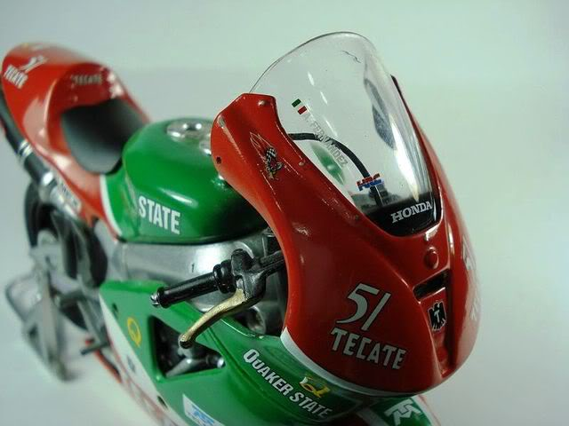 Si Adrián Fernández hubiera participado en MotoGP... Fotosimportadas74