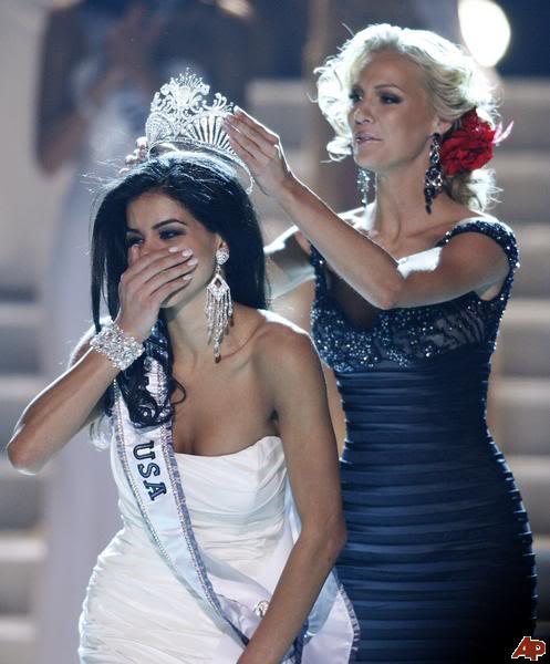 Road to Miss USA 2010 - Page 17 Rima-fakih-kristen-dalton-2010-5-16
