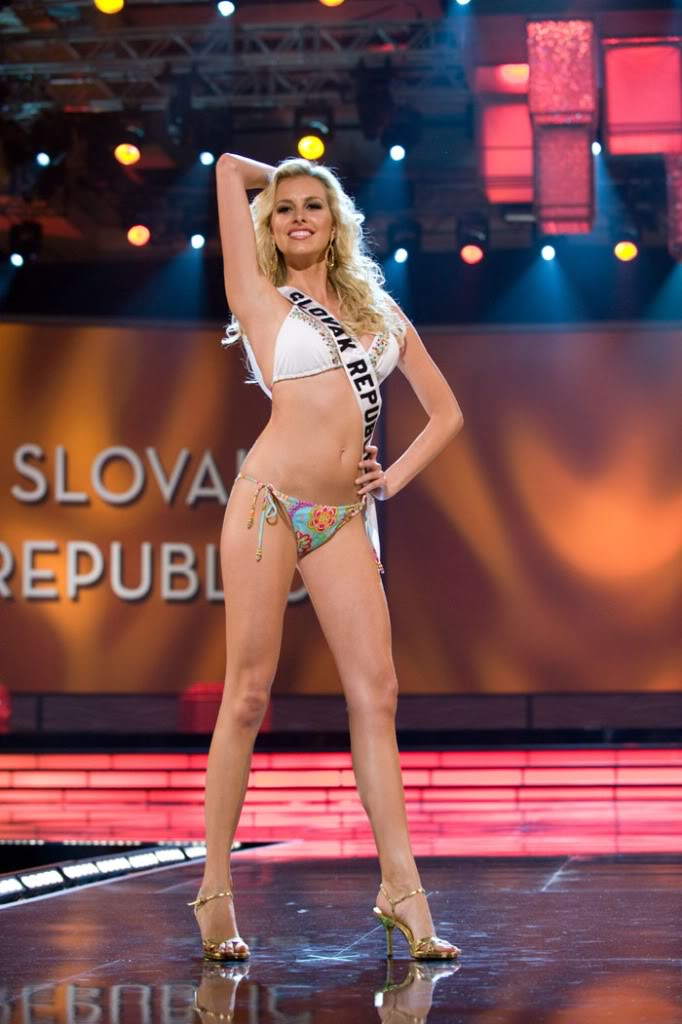 The OFFICIAL thread of Denisa Mendrejova (SLOVAK REPUBLIC UNIVERSE 2009)™ - Page 11 Slovak-republic5-466x700