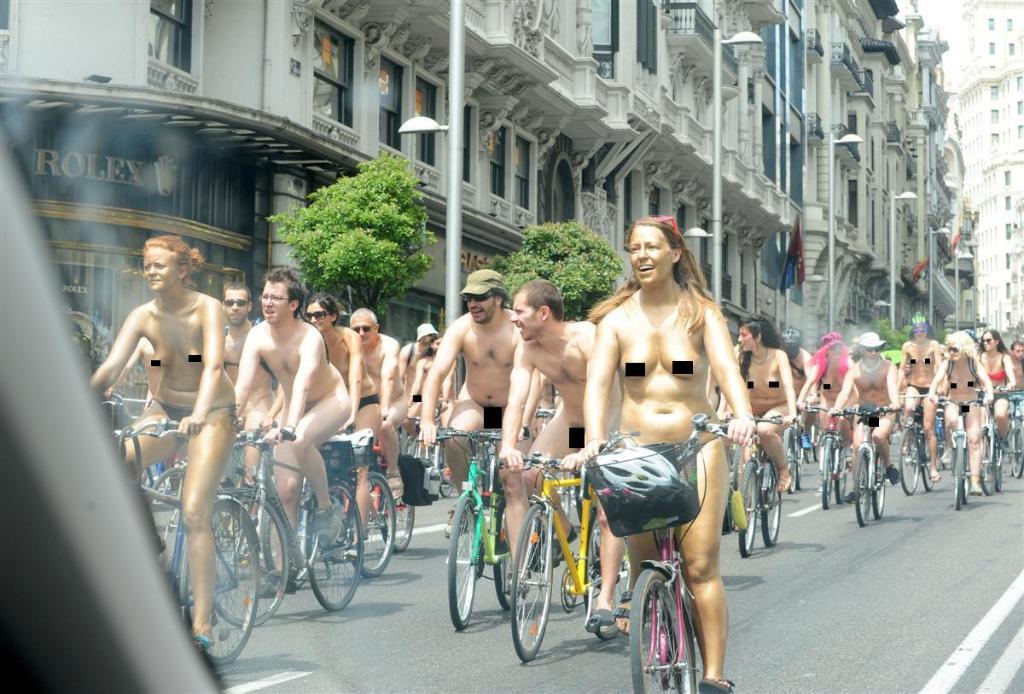 09-06-12 Salida en Madrid Nakeda
