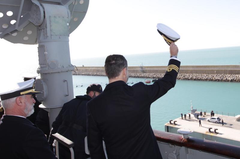 Defensa estudia dar de baja al portaaviones 'Príncipe de Asturias' para ahorrar - Página 2 2-6_zps5213cde3