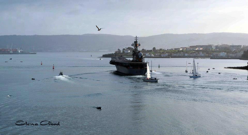 Defensa estudia dar de baja al portaaviones 'Príncipe de Asturias' para ahorrar - Página 2 3-4_zps45455ce8