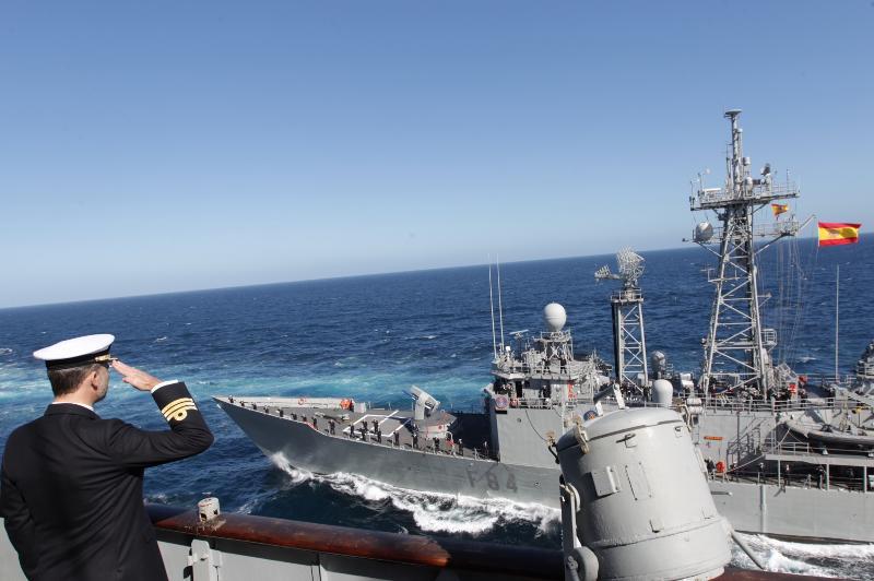 Defensa estudia dar de baja al portaaviones 'Príncipe de Asturias' para ahorrar - Página 2 5-3_zpsac03f6e5