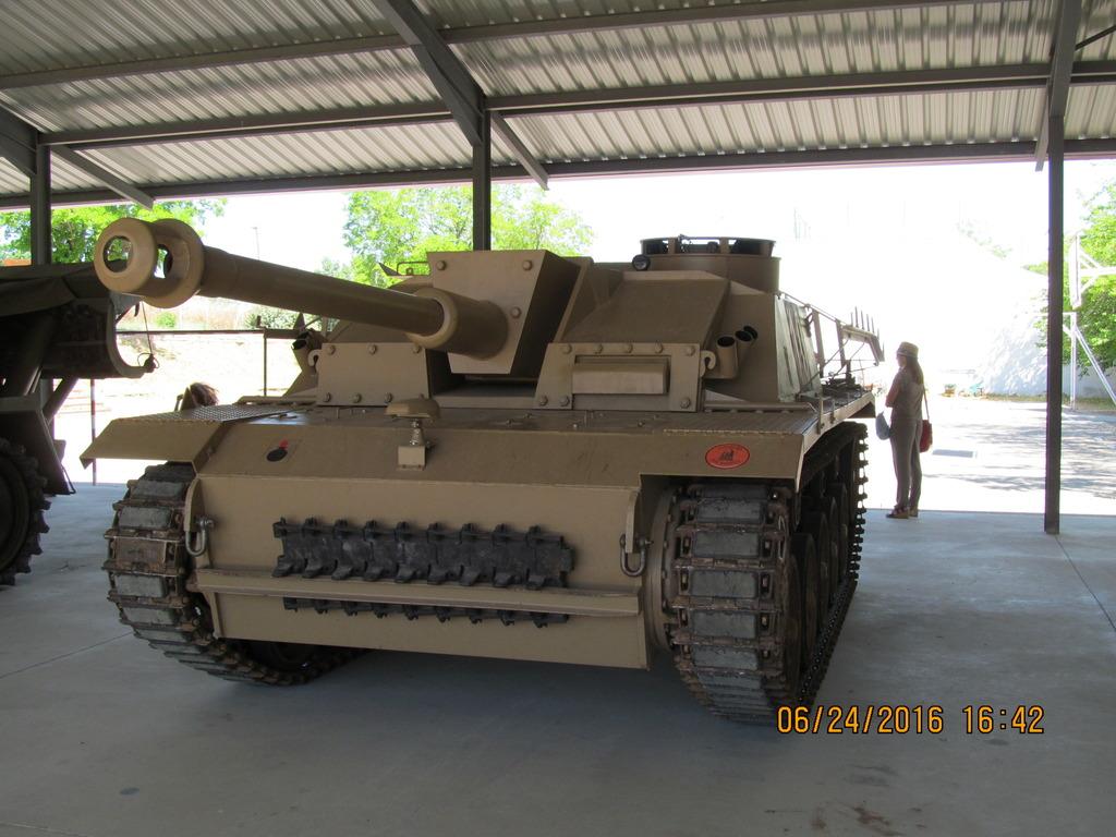 Sturmgeschütz III - Stug III IMG_1092_zpskkshik5r