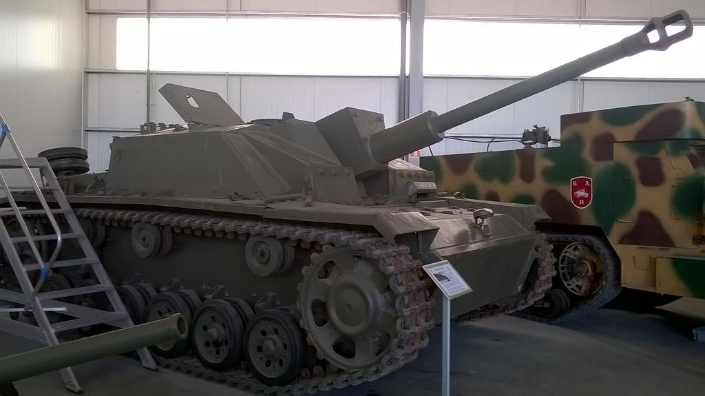 Sturmgeschütz III - Stug III WP_20160625_001_zpsuddeiiol