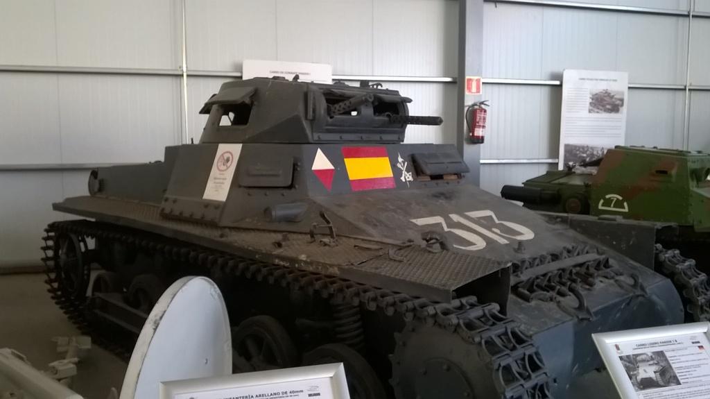 Panzerkampfwagen I & II - Panzer I & II WP_20160625_005_zps5eccajop