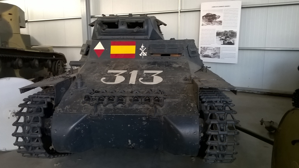 Panzerkampfwagen I & II - Panzer I & II WP_20160625_006_zpszrfm45lq