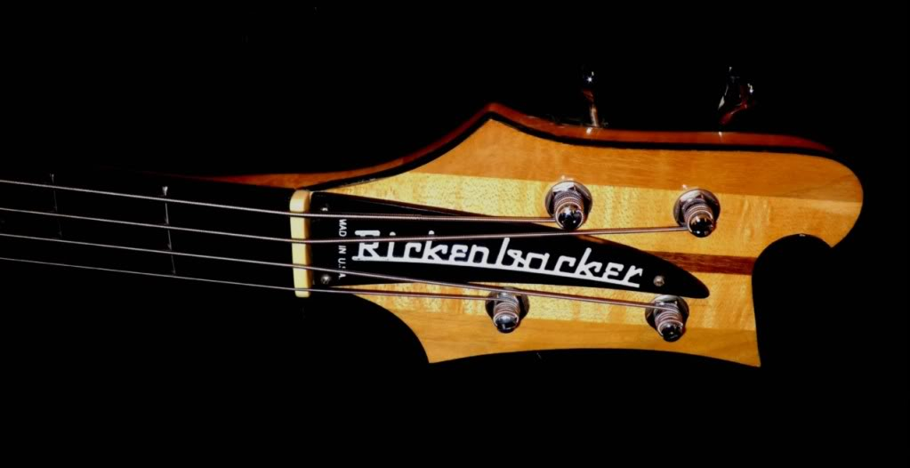 Mostre o mais belo Rickenbacker que você já viu 482396081_o