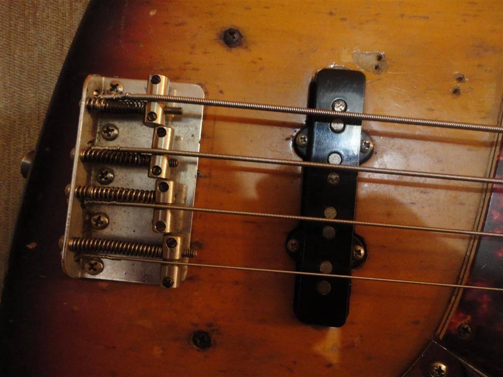 Fender Jazz Bass 1972 DSC06635Medium-1