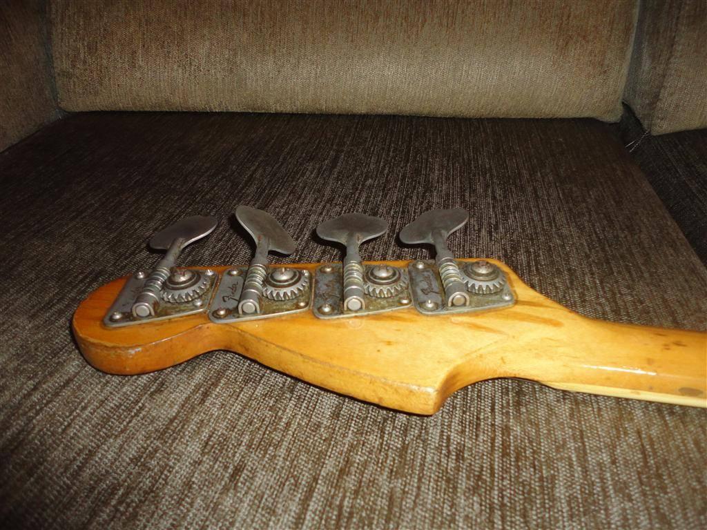 Fender Jazz Bass 1972 DSC06649Medium