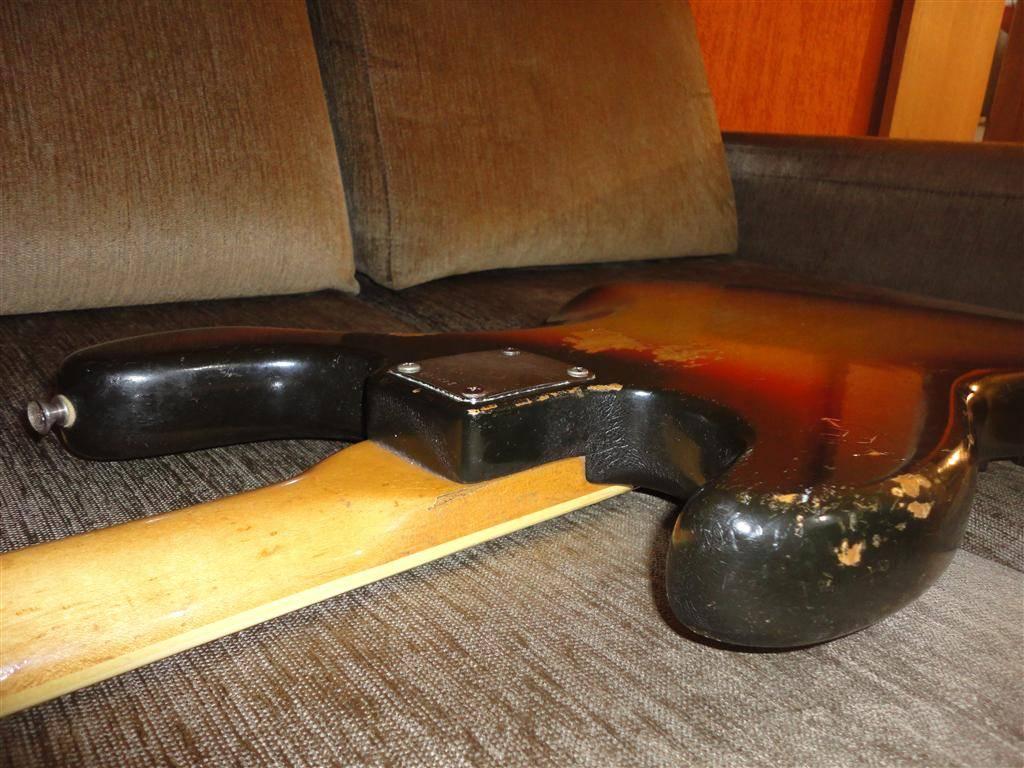 Fender Jazz Bass 1972 DSC06650Medium