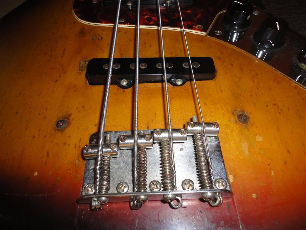 Fender Jazz Bass 1972 DSC06656Medium-2