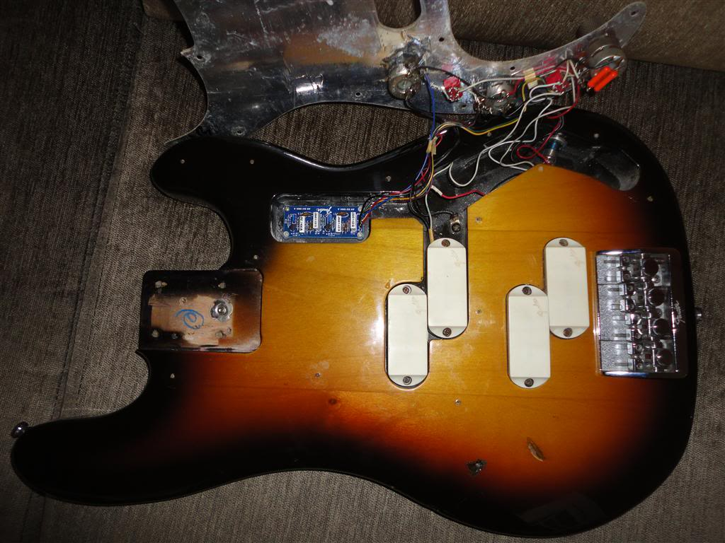 Fender Precision Bass Elite 1983 DSC05174Medium