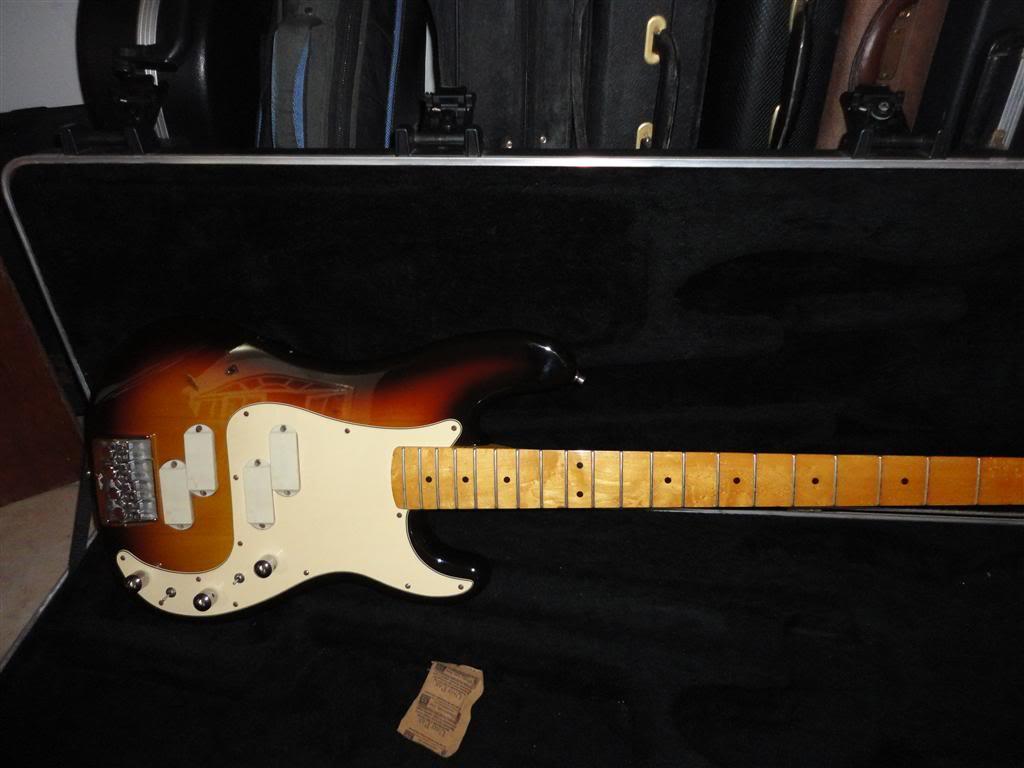 Fender Precision Bass Elite 1983 DSC05220Medium
