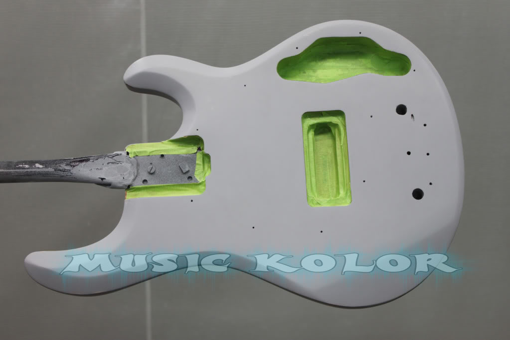 Pintura Music Man Black Sparkle - MUSIC KOLOR FundoFrente
