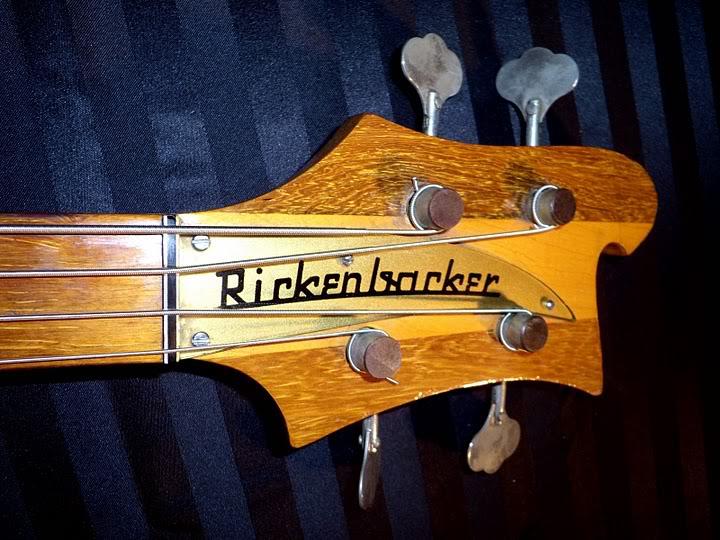 Mostre o mais belo Rickenbacker que você já viu RIC38