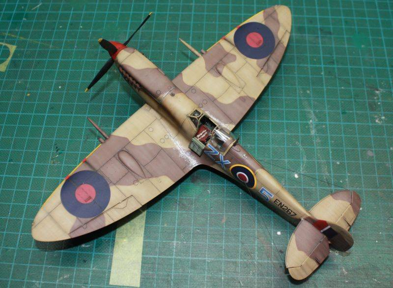 Spitfire Mk IX Early Version Spit157