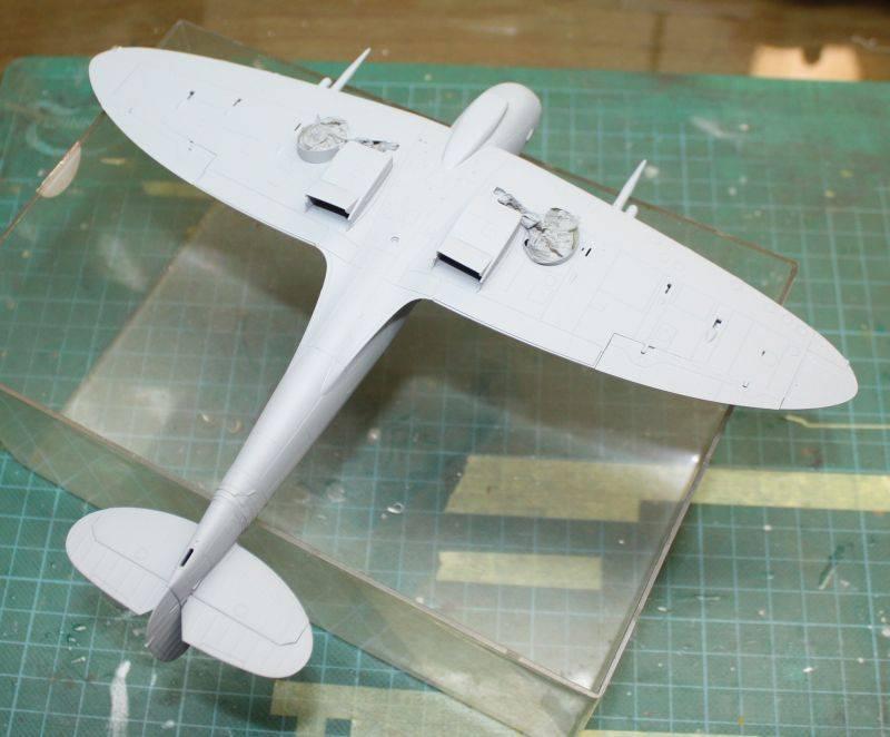 Spitfire Mk IX Eduard 1/48 SpitfireMKIX083