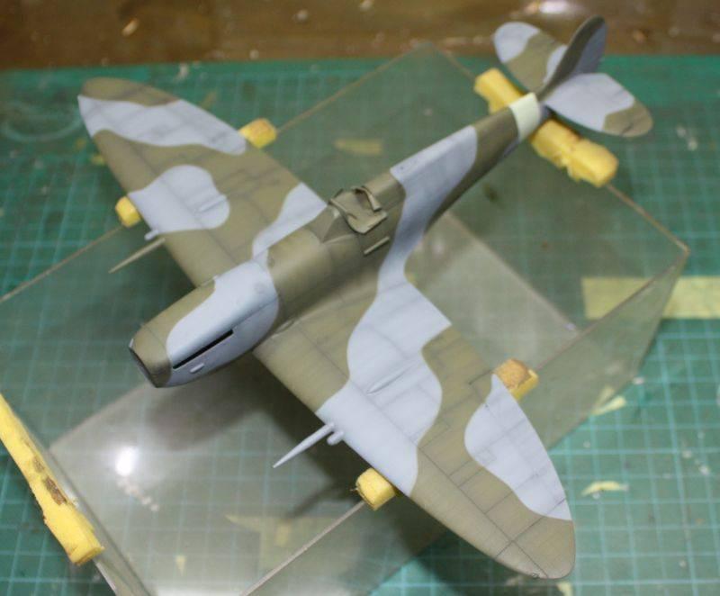 Spitfire Mk IX Eduard 1/48 SpitfireMKIX117