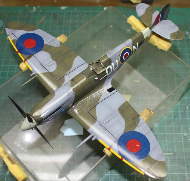 Spitfire Mk IX Eduard 1/48 SpitfireMKIX153
