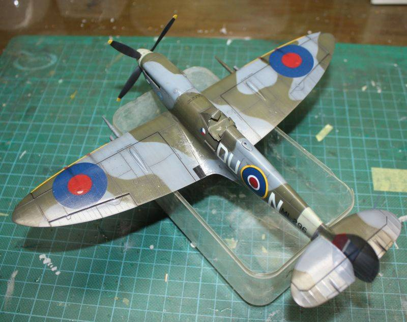 Spitfire Mk IX Eduard 1/48 SpitfireMKIX171