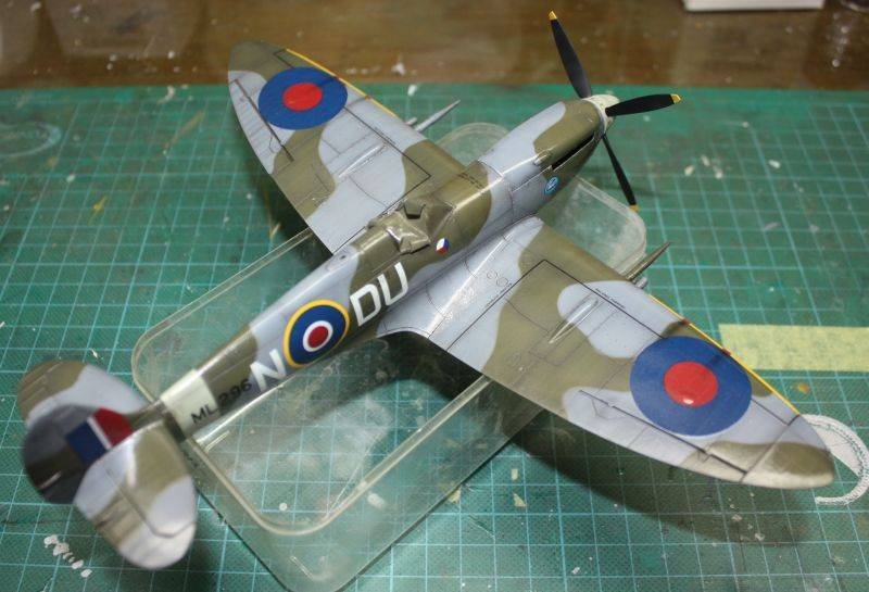 Spitfire Mk IX Eduard 1/48 SpitfireMKIX172