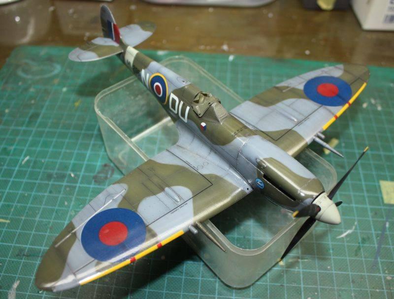 Spitfire Mk IX Eduard 1/48 SpitfireMKIX173