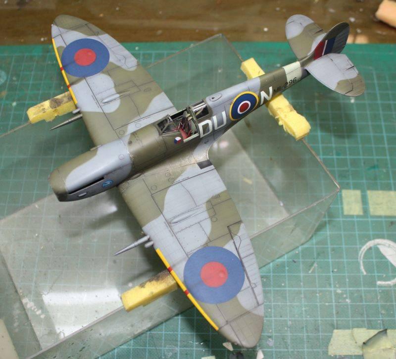 Spitfire Mk IX Eduard 1/48 SpitfireMKIX180