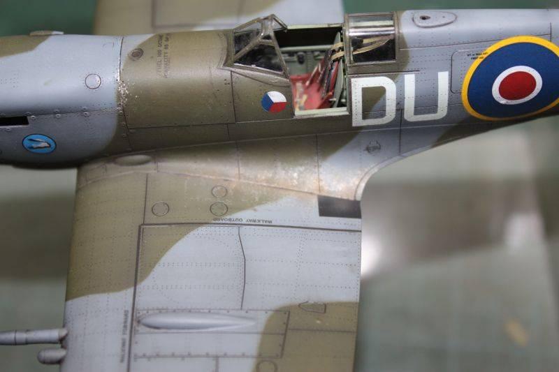 Spitfire Mk IX Eduard 1/48 SpitfireMKIX187