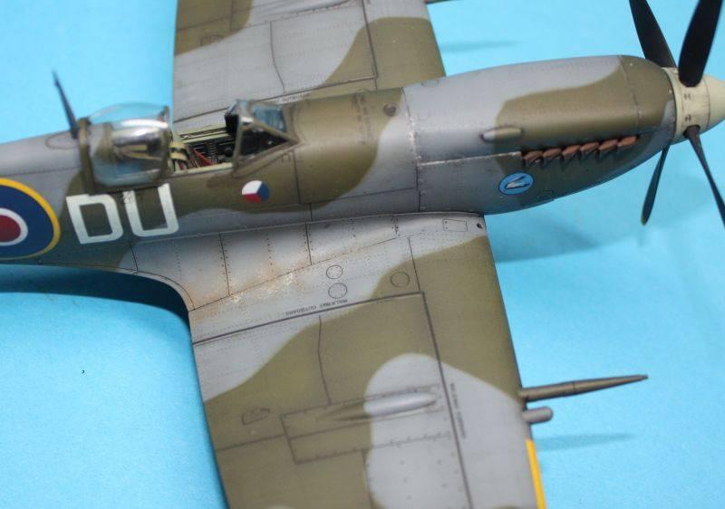 Spitfire Mk IX c 1/48 Eduard SpitfireMKIX201
