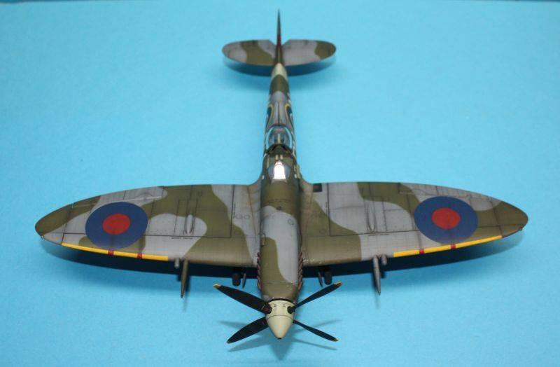 Spitfire Mk IX c 1/48 Eduard SpitfireMKIX204