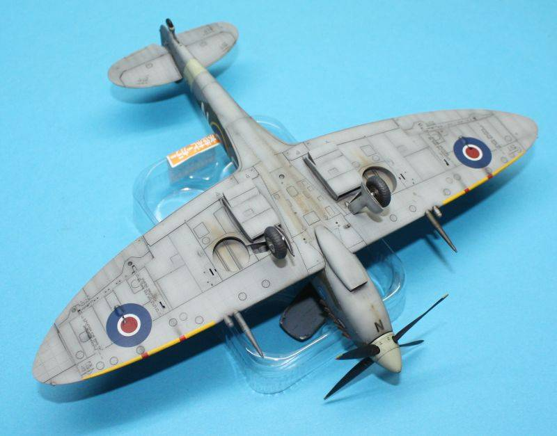 Spitfire Mk IX c 1/48 Eduard SpitfireMKIX205
