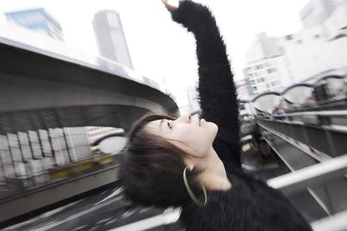 """Utada Hikaru - Diva nước Nhật và """"đứa con lai kém may mắn""""  2yn01e0"""