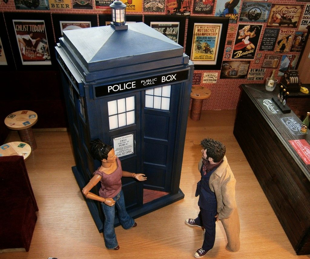 10th Doctors Tardis DW%2000%20%2023_zpsylerzfge