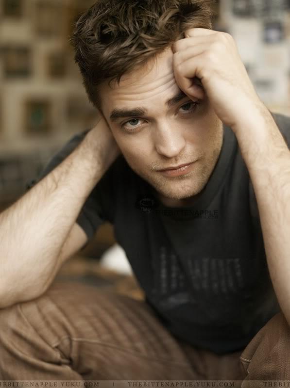 Nouveaux outtakes du shooting de Robert Pattinson pour Carter SMITH - Page 2 10-3