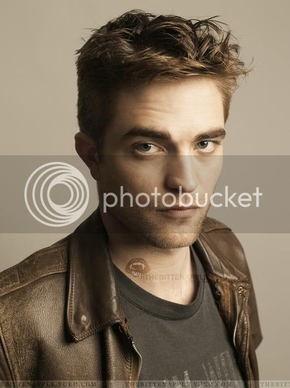 Nouveaux outtakes du shooting de Robert Pattinson pour Carter SMITH - Page 2 13-3