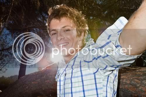 Charlie Bewley Photoshoot inconnu 9f69783dd3ad972c1ed620a793836