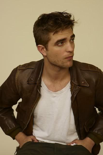 récap' Outtakes Robert Pattinson pour TVweek (Carter SMITH ) XjYkkl