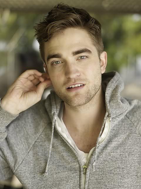 récap' Outtakes Robert Pattinson pour TVweek (Carter SMITH ) DUK0yl