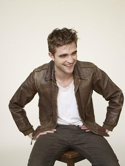 récap' Outtakes Robert Pattinson pour TVweek (Carter SMITH ) KvtJwl