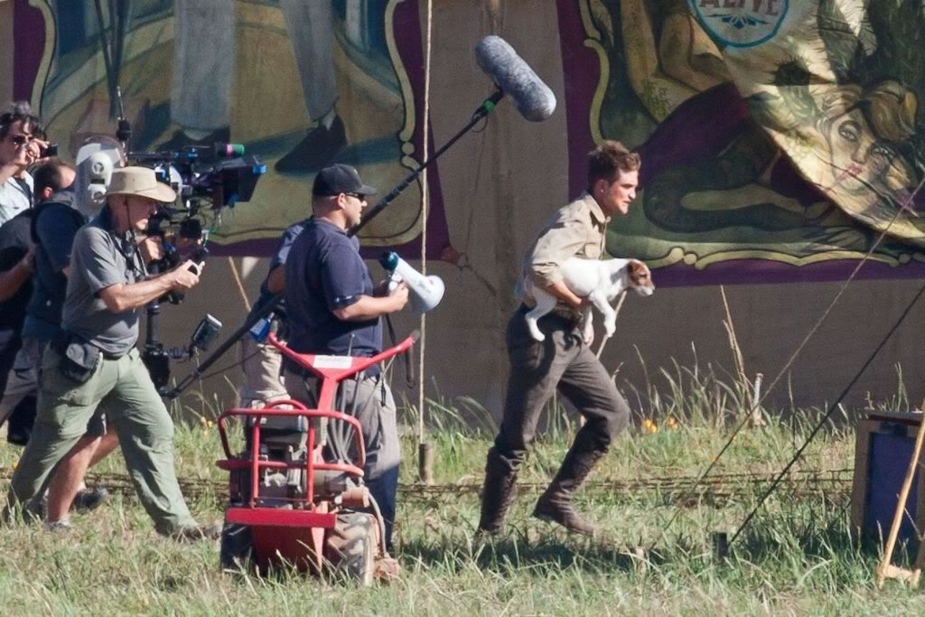 Water for Elephants : Photos  + Vidéos du tournage... - Page 6 Wfe_july7th_004-1