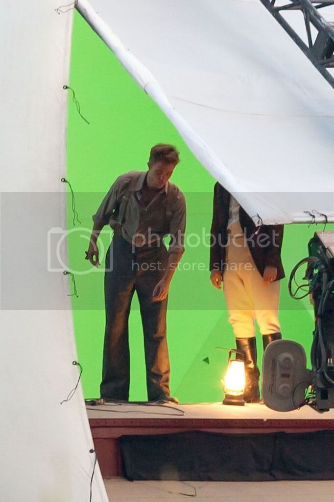 Water for Elephants : Photos  + Vidéos du tournage... - Page 6 Wfe_july7th_005
