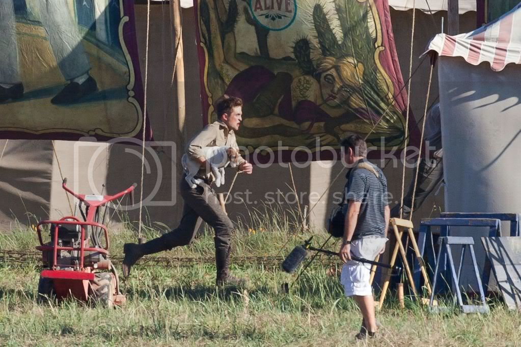 Water for Elephants : Photos  + Vidéos du tournage... - Page 6 Wfe_july7th_013