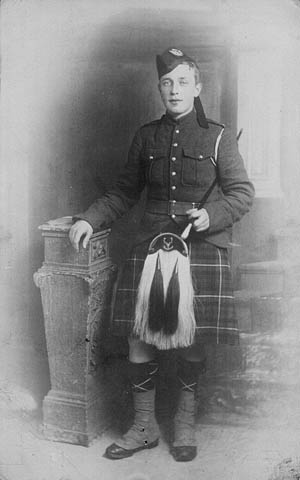 Highland Uniforms of the CEF James_C_Richardson